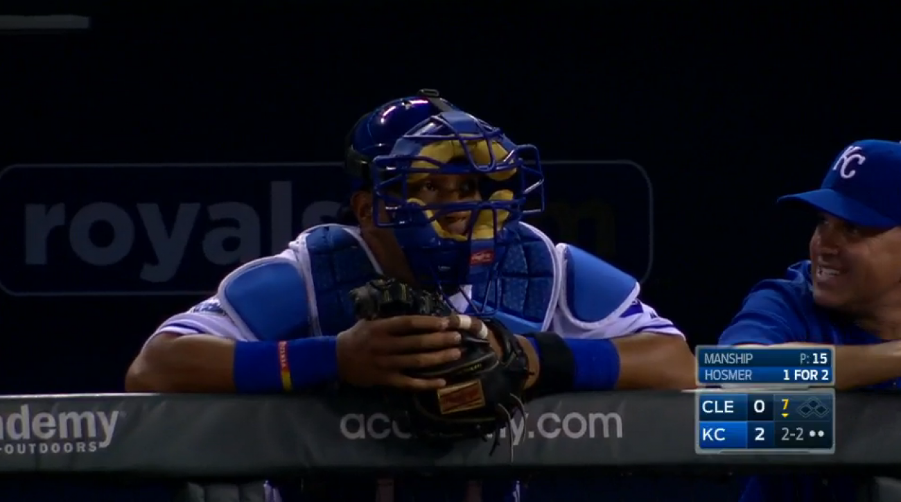 royals salvador perez eric hosmer bat joke mask video