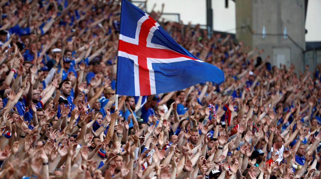 Iceland's announcer loses his mind calling the game-winning goal vs. Austria