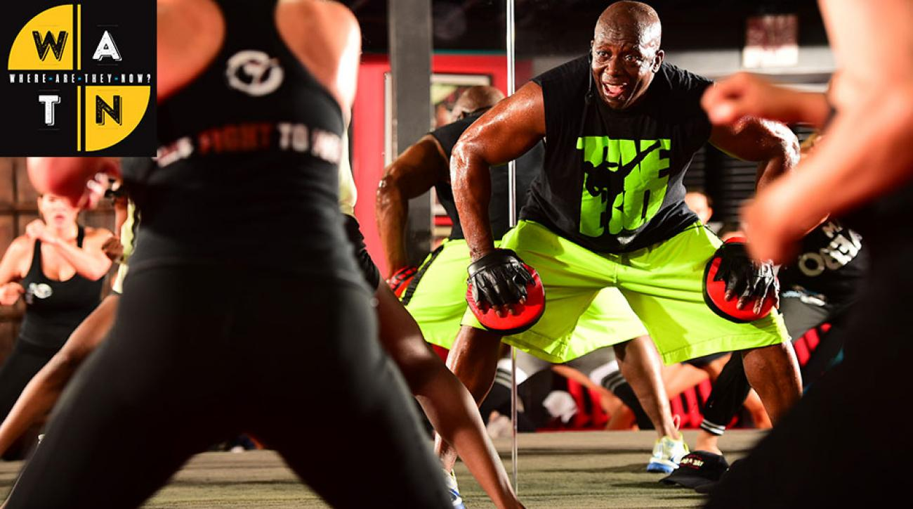 Tae Bo S Creator Billy Blanks Teaches To Smaller Aunce With Equal Fervor