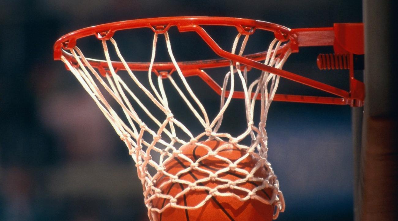 Austrailain basketball game features crazy buzzer beater