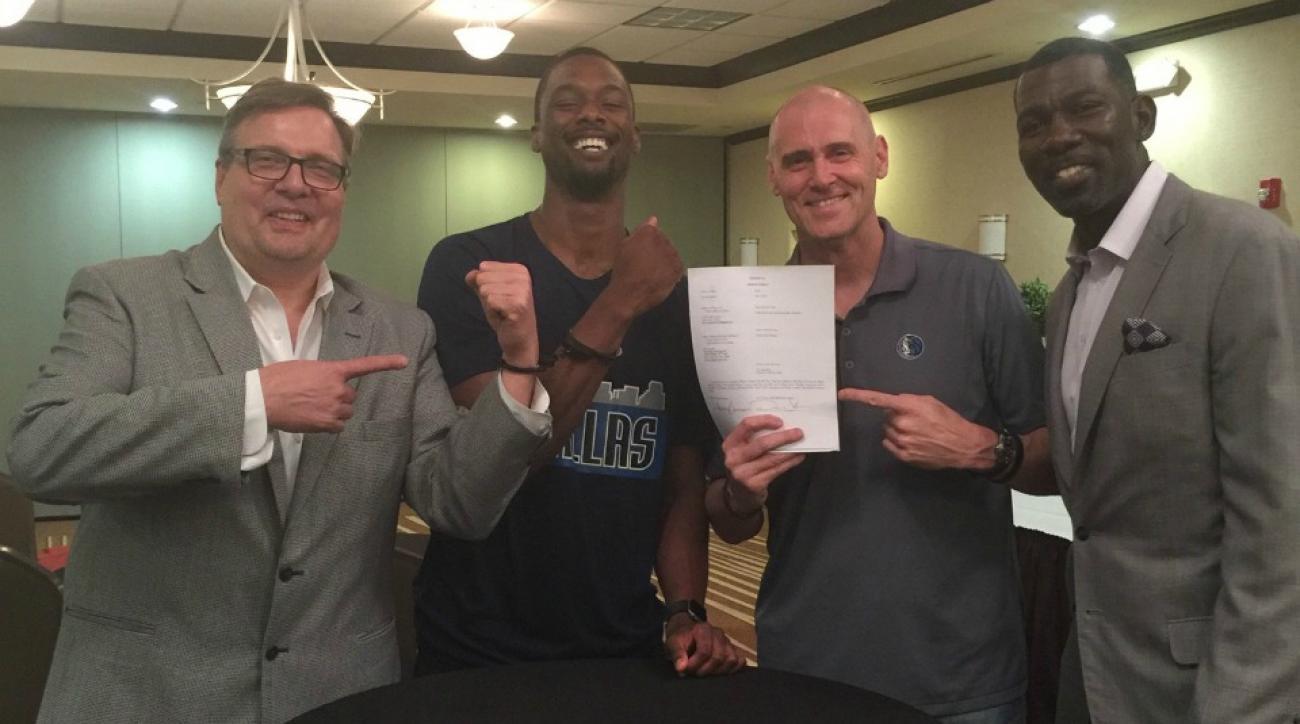 Harrison Barnes handcuffed to Mavericks' Donnie Nelson
