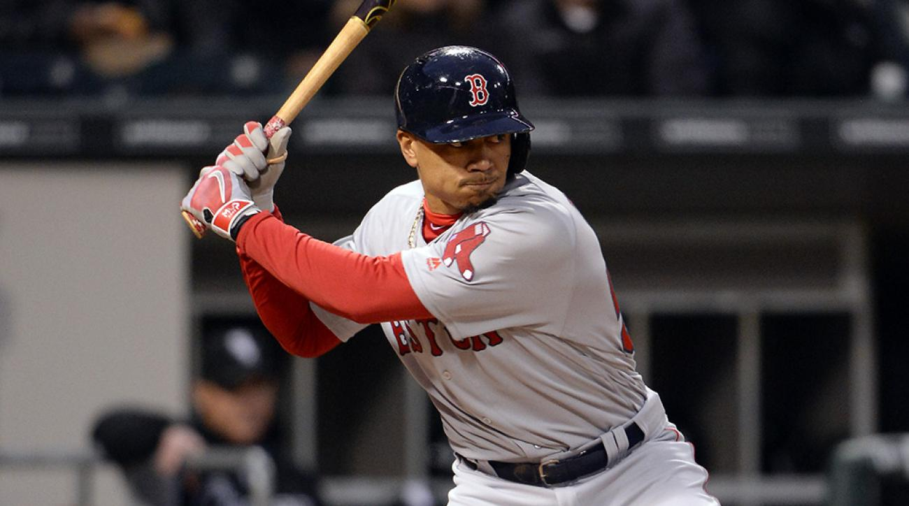 Mookie Betts Becomes Axe Bat S First Signed Mlb Player