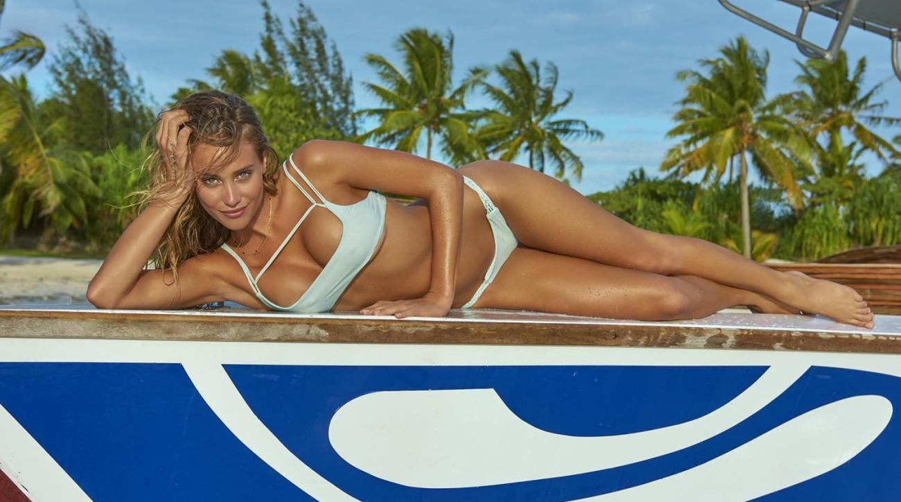 Ten GIFs that show why we're obsessed with Hannah Davis