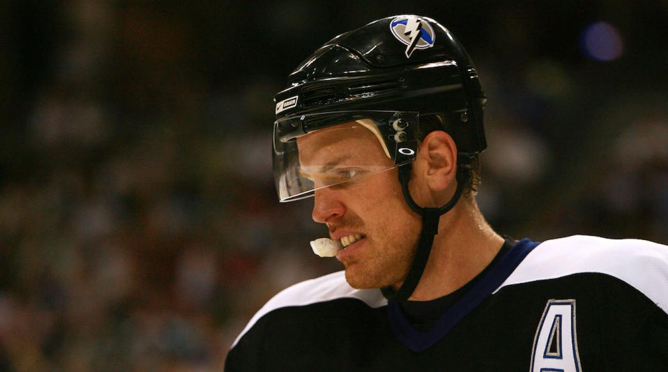 brad richards retires lightning rangers