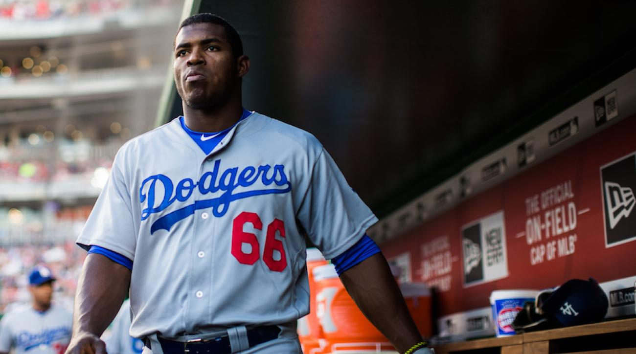 yasiel puig vin scully cleats fine