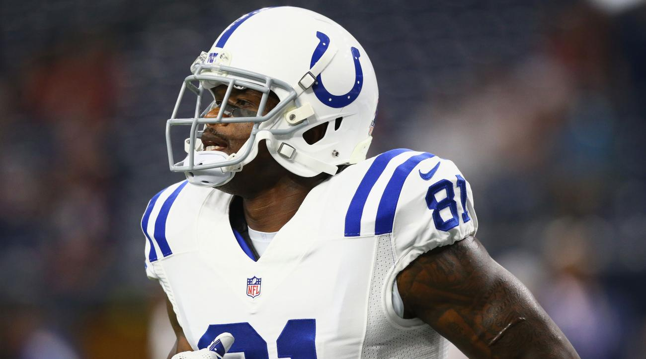 andre johnson titans signs contract