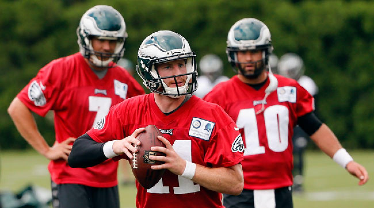 fb59a2ff899 Sam Bradford (7) and Chase Daniel (10) watch Carson Wentz take his