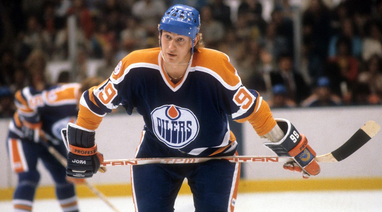 Wayne Gretzky Rookie Card Sells For 465000 Sicom