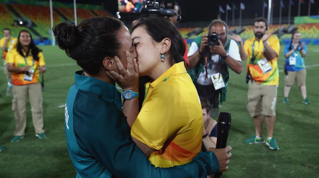 isadora cerullo volunteer majorie enya engaged olympics