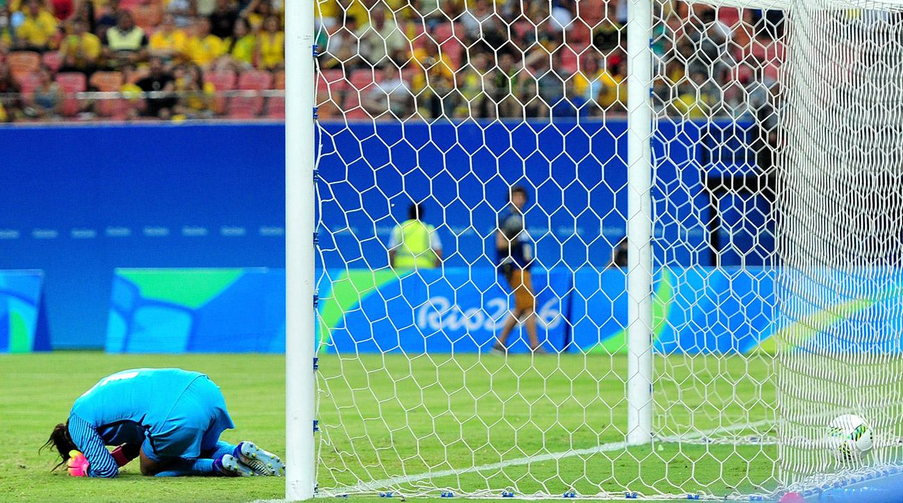hope-solo-uswnt-colombia