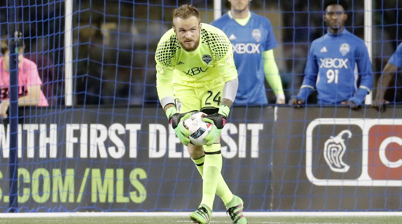 sounders real salt lake stefan frei mistake goal video