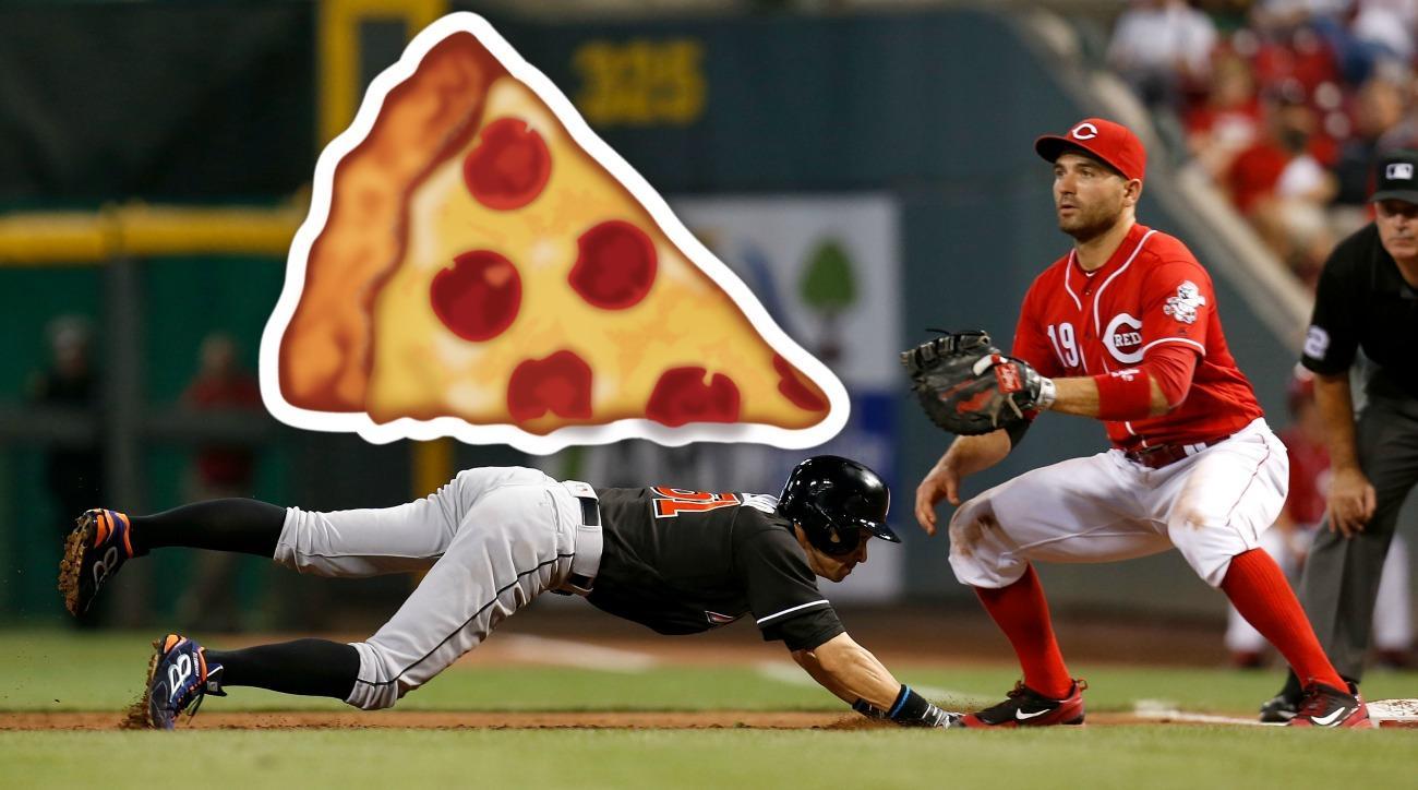 Joey Votto bought Ichiro 51 pizzas