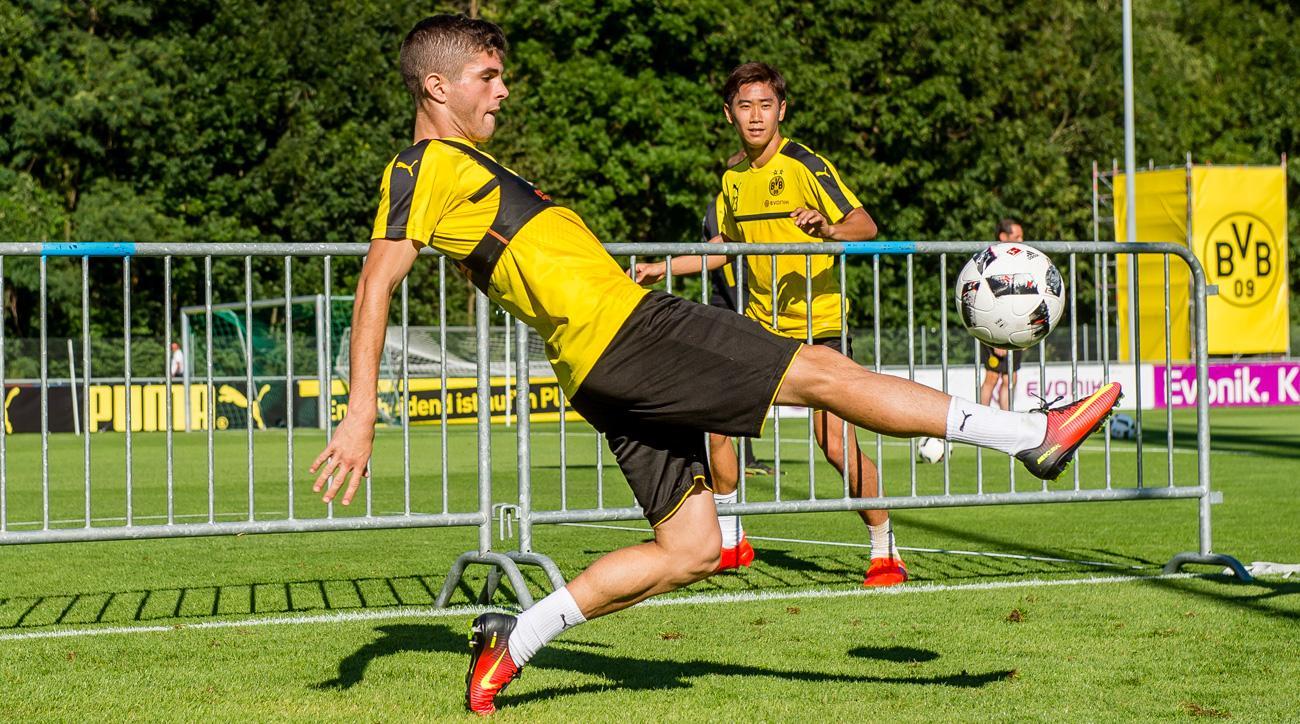 Christian Pulisic scores for Borussia Dortmund in a preseason friendly