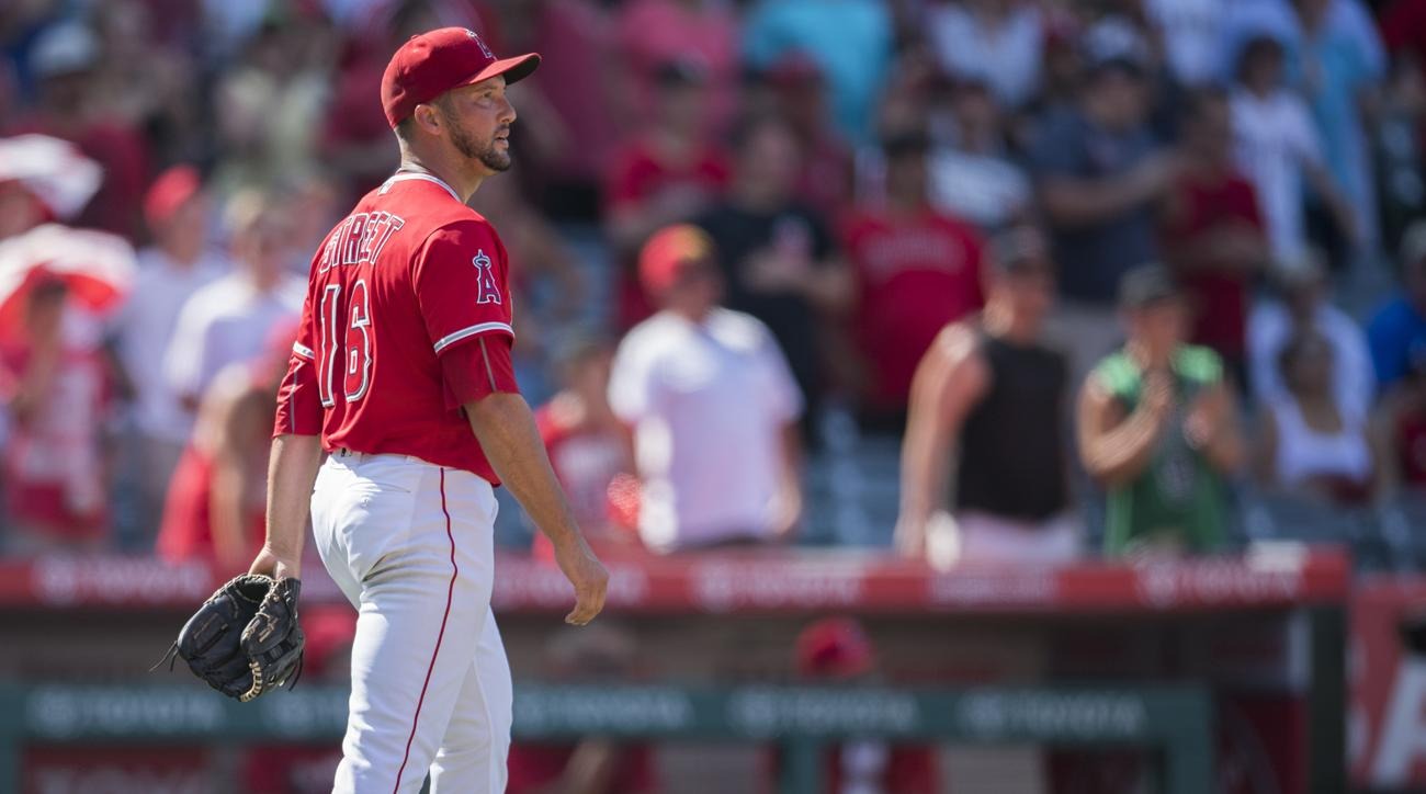 huston street knee injury surgery