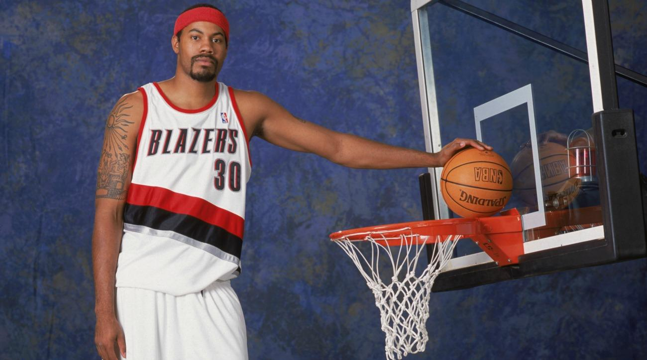 Rasheed Wallace tries out the So Gone Challenge