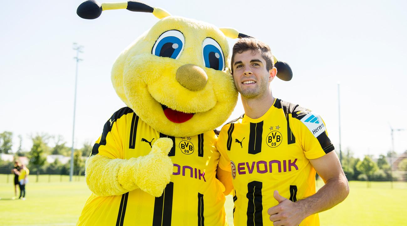Christian Pulisic is remaining at Borussia Dortmund this transfer window
