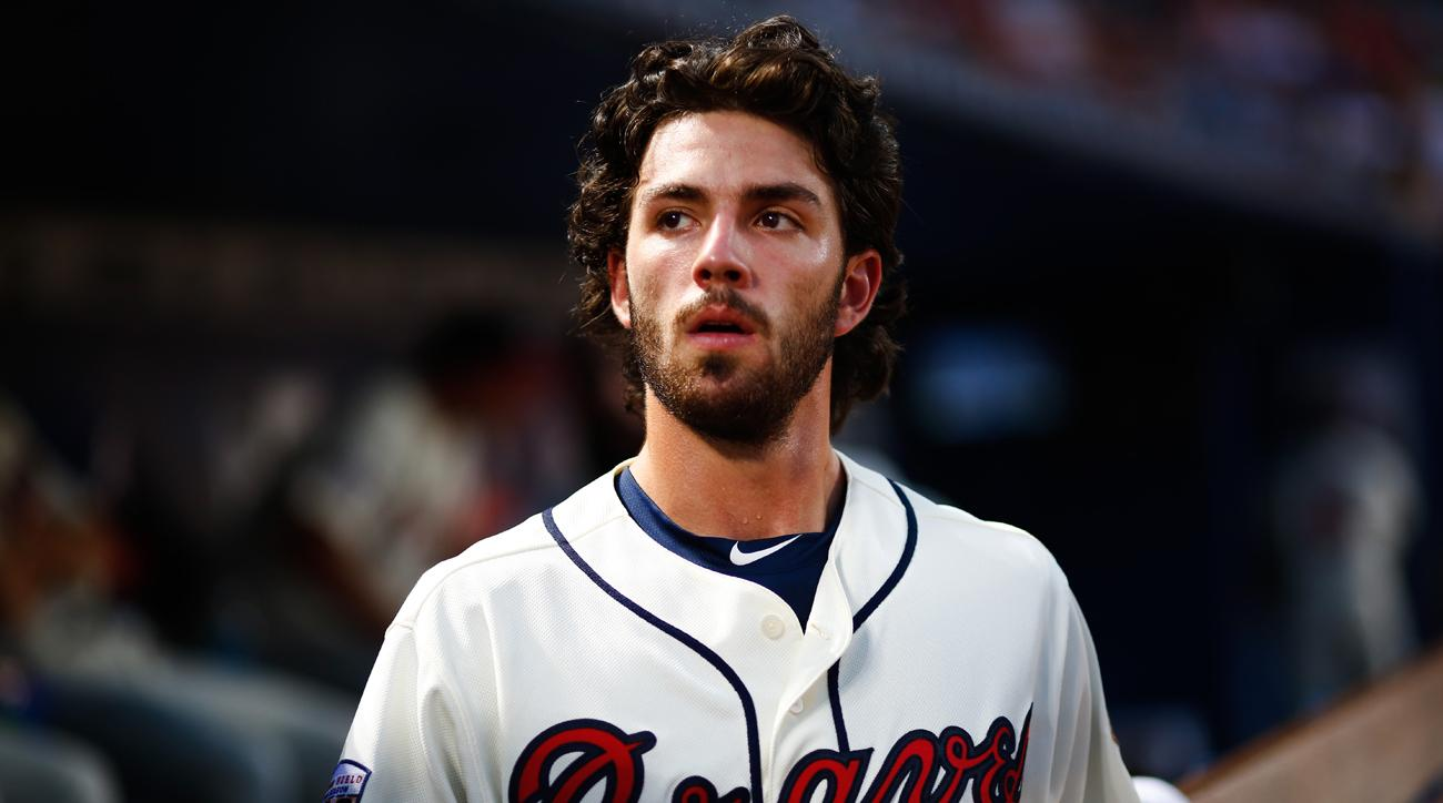 dansby swanson injury braves bad throw