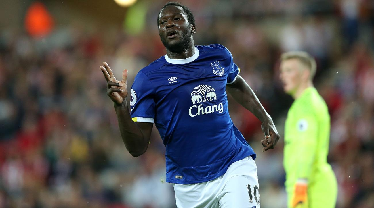Romelu Lukaku's hat trick leads Everton over Sunderland