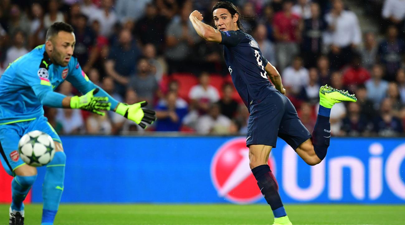Edinson Cavani scores 42 seconds into PSG's Champions League match vs. Arsenal