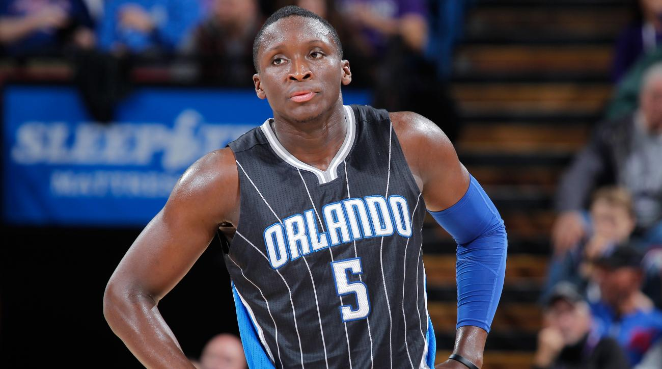 victor oladipo national anthem protests