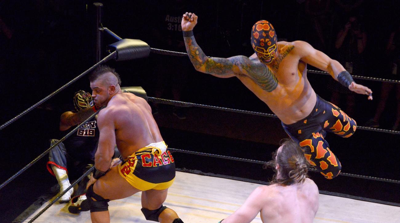 lucha underground wrestling kevin nash harambe