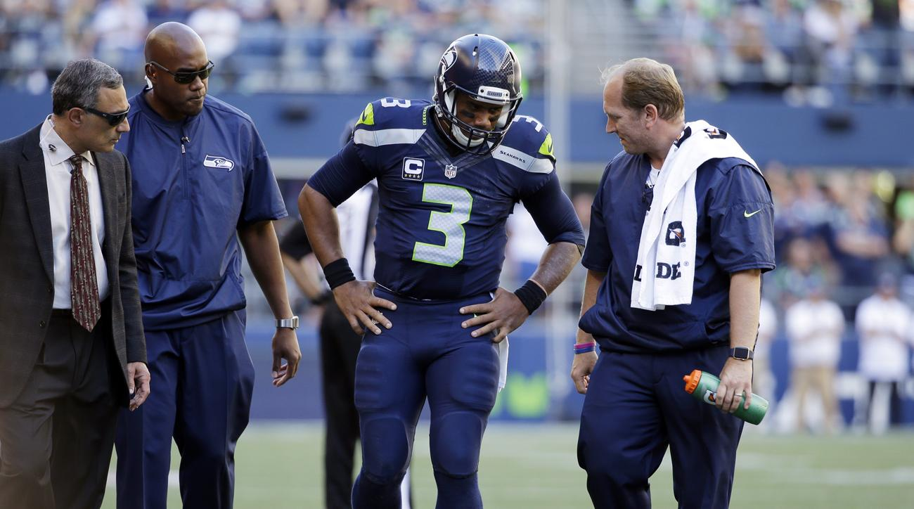 russell wilson knee injury sprained mcl