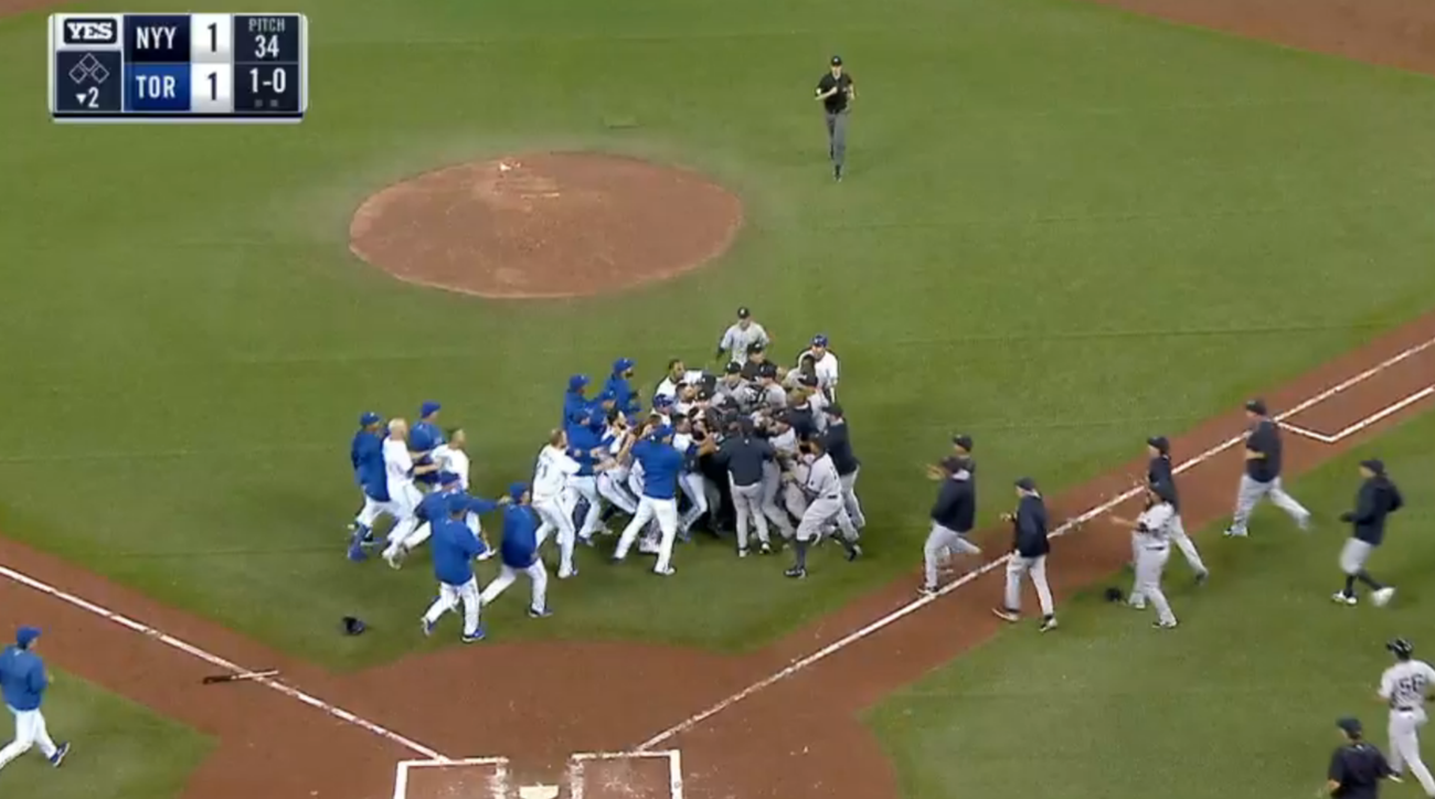 brawl yankees blue jays