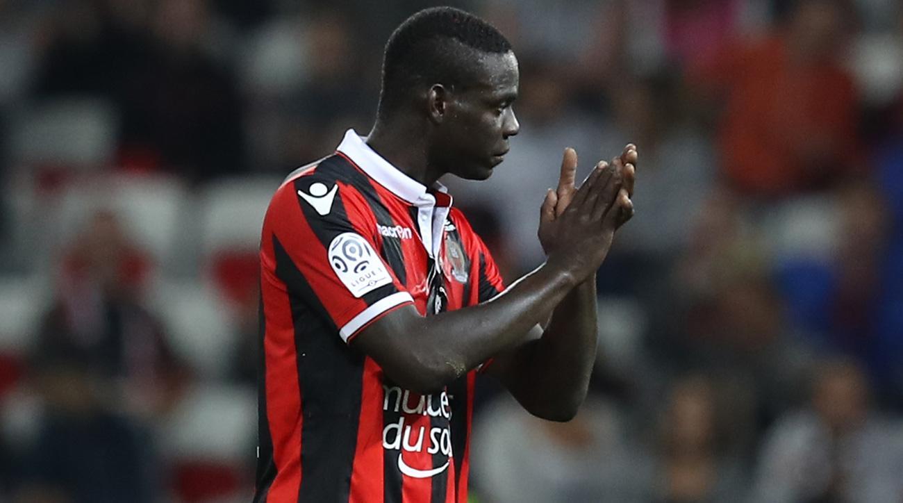 Mario Balotelli scores for Nice in the Europa League