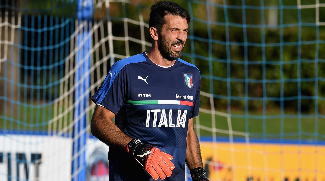 Gianluigi Buffon leads Italy in its World Cup qualifier against Spain