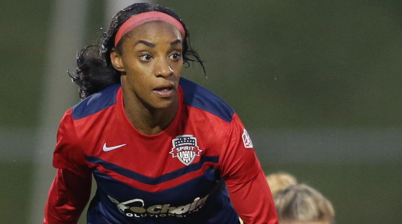 Crystal Dunn scores in the NWSL final for the Washington Spirit