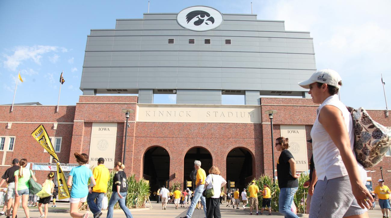 iowa football kinnick stadium house replica lawsuit