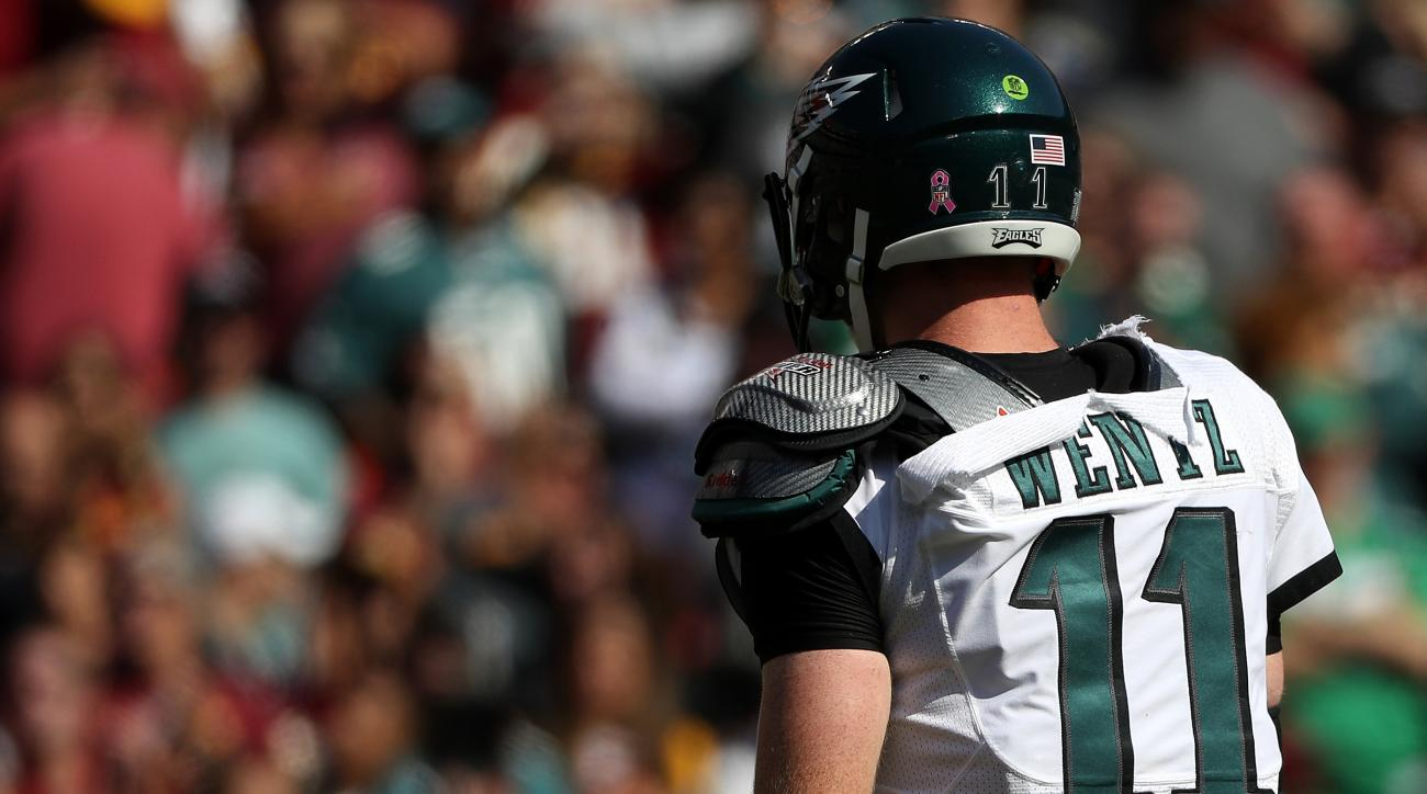 finest selection 2296a 9bd10 Eagles-Redskins: Carson Wentz's jersey ripped (photos) | SI.com