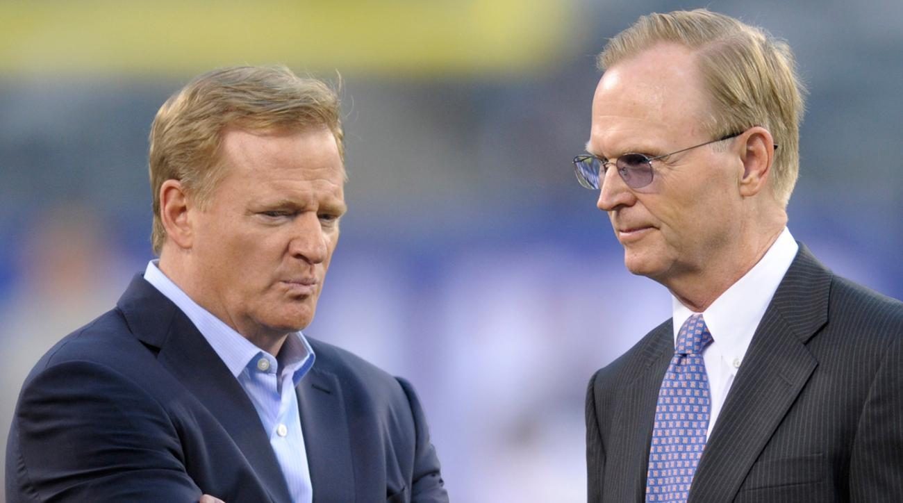 NFL commisioner Roger Goodell and Giants owner John Mara.