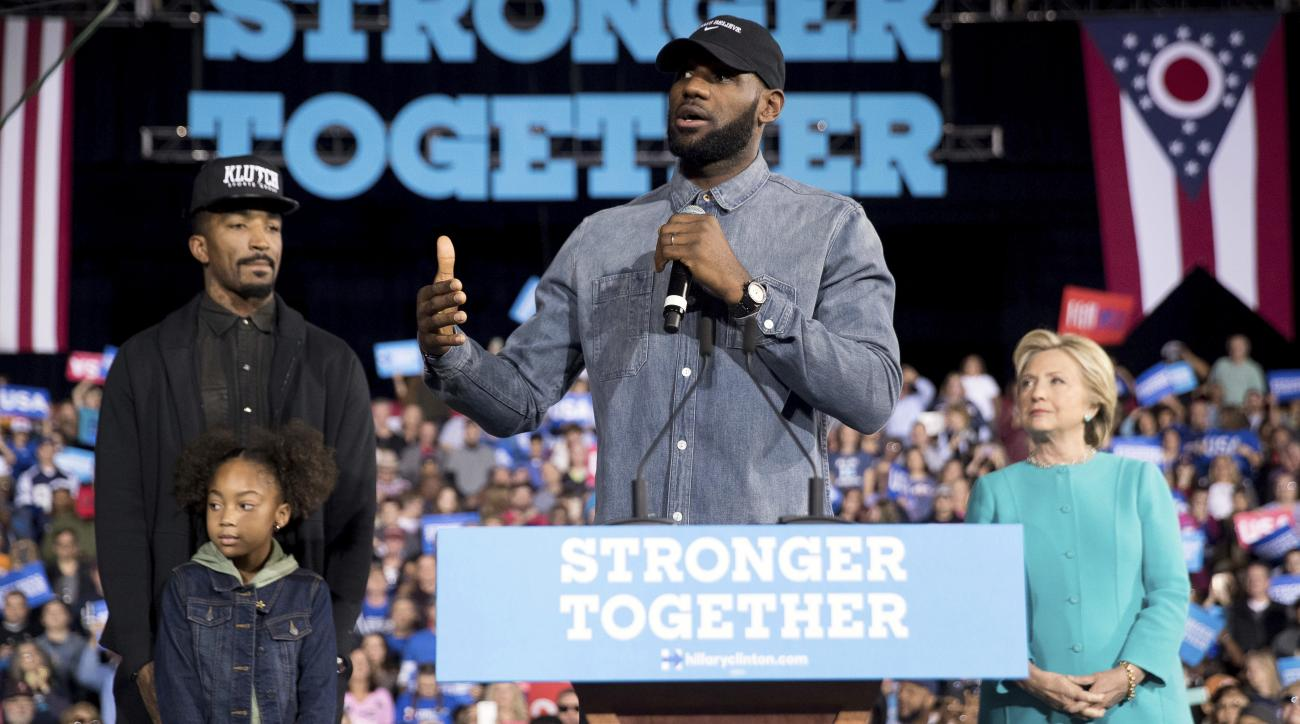 LeBron James, Hillary Clinton campaign in Ohio (video)