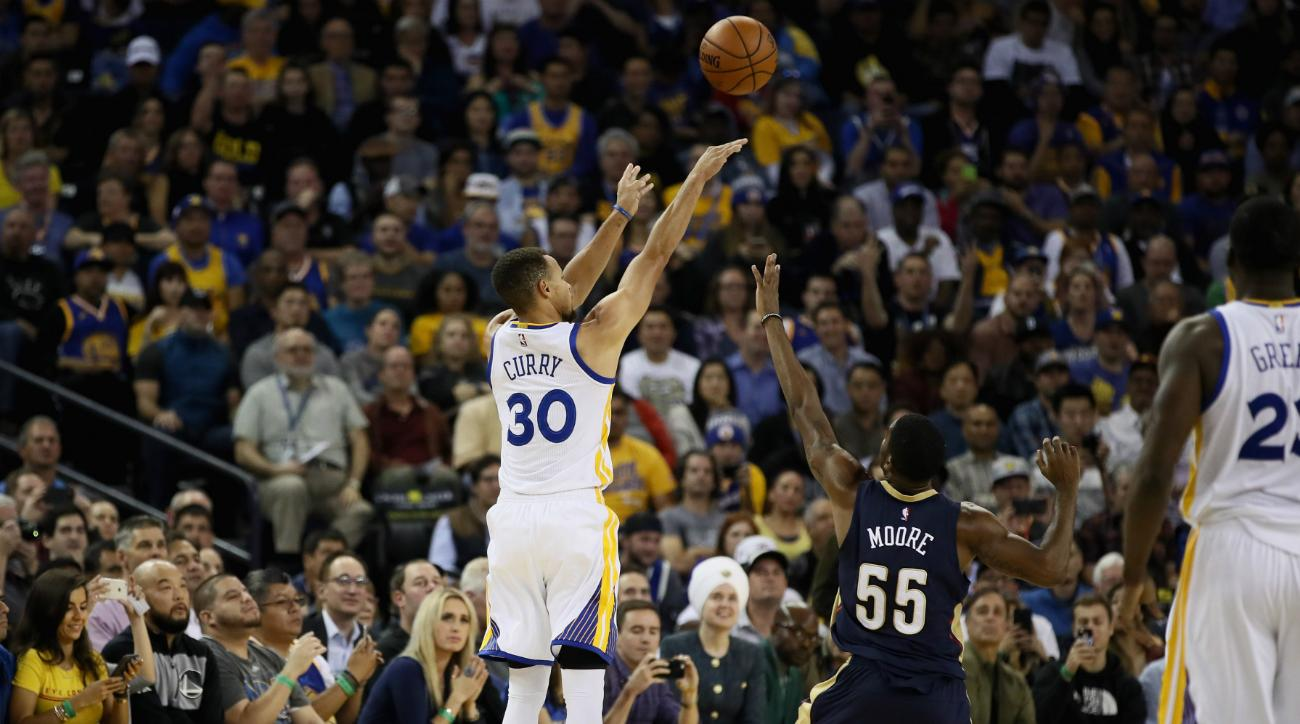 Stephen Curry Sets NBA Three-Point Record With 13 Threes