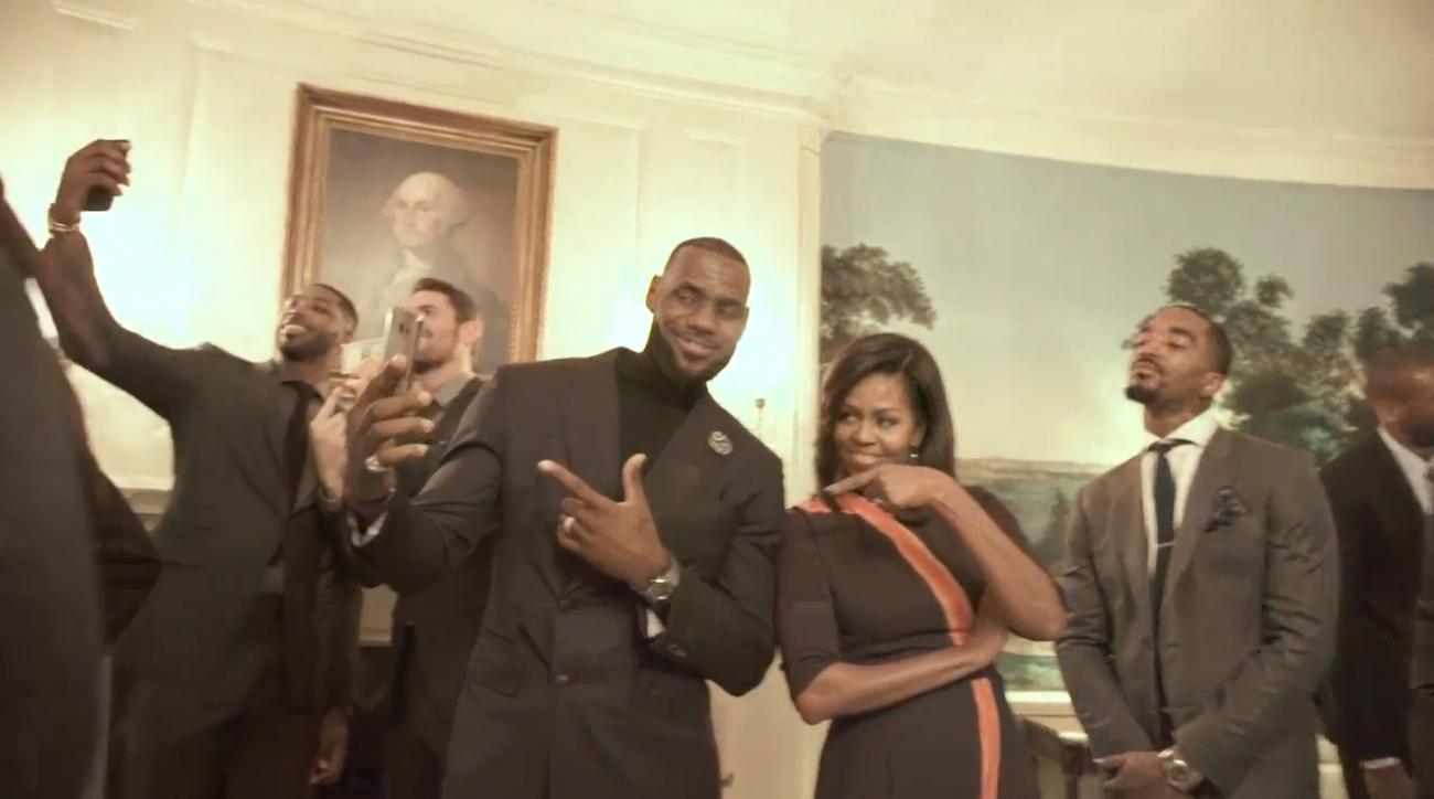 LeBron, Cavs and Michelle Obama do the Mannequin Challenge IMAGE
