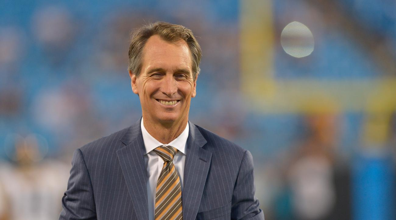 Chris Collinsworth clowned Bill Simmons on Twitter