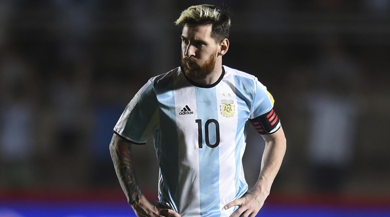 messi argentina soccer press conferene