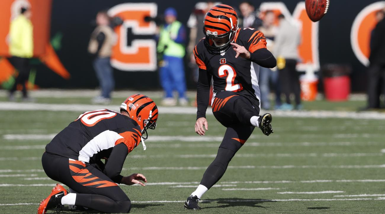 NFL Week 11: Kickers miss eight extra points