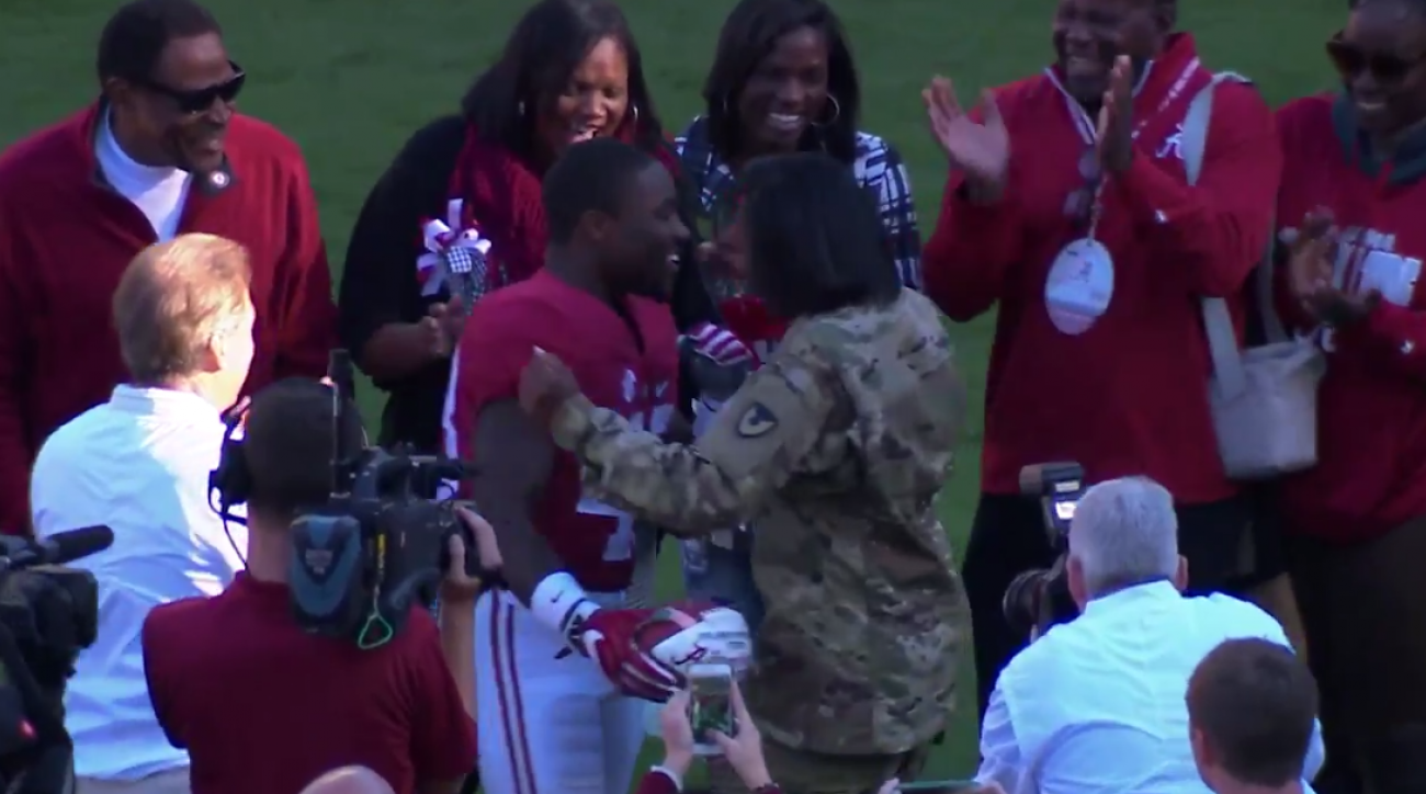Alabama football: Senior Day surprise for military mom