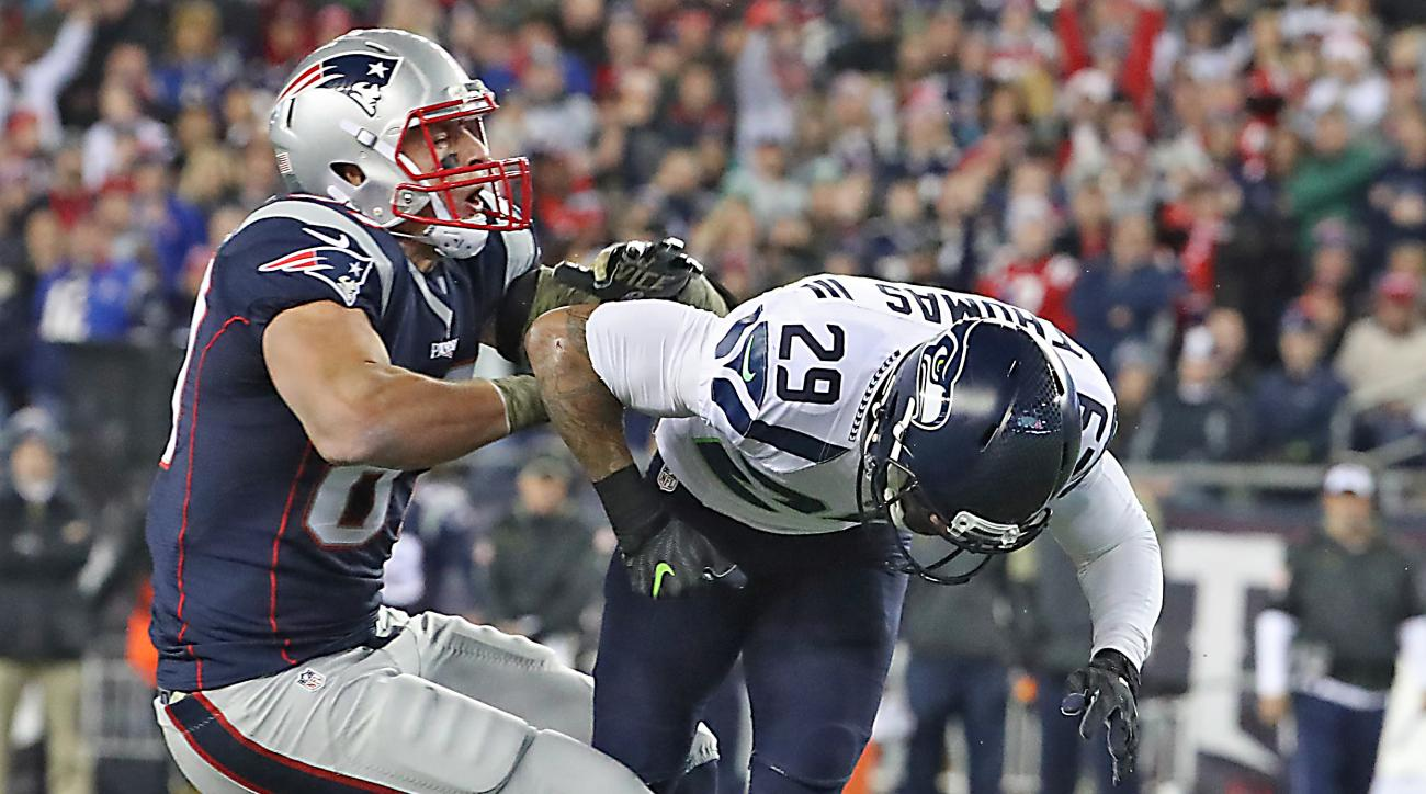 Is Gronk playing today? Rob Gronkowski injury update