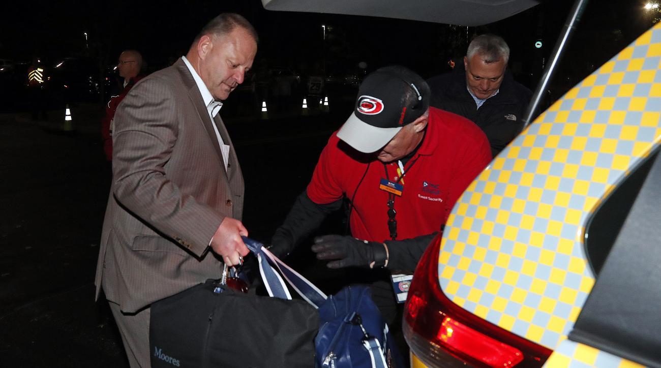 Gerard Gallant: Florida Panthers coach waits for cab