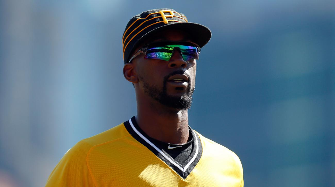mlb free agency rumors andrew mccutchen