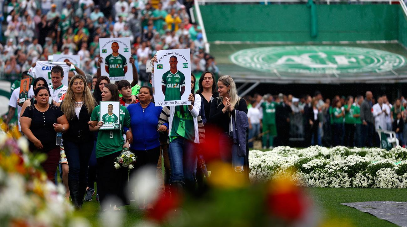 Families of the Chapecoense tragedy honor their loved ones at a memorial service