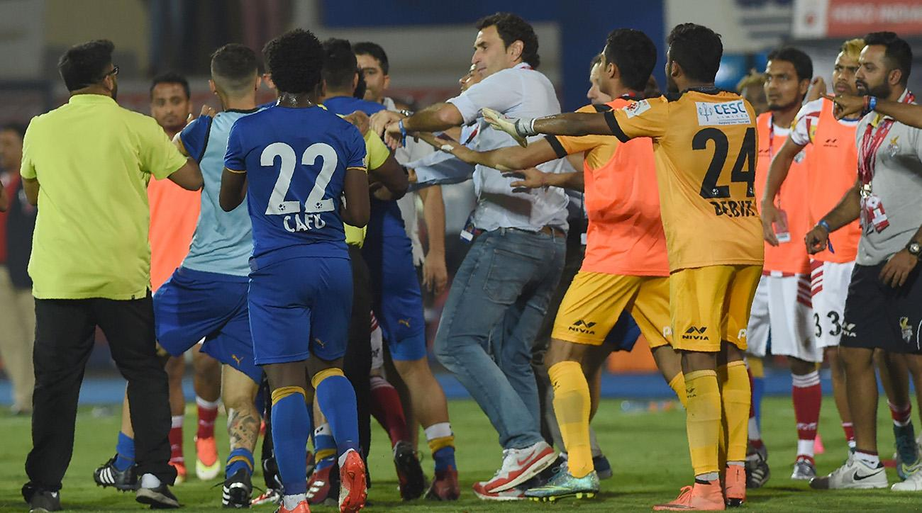 Watch a scuffle between two Indian Super League teams.