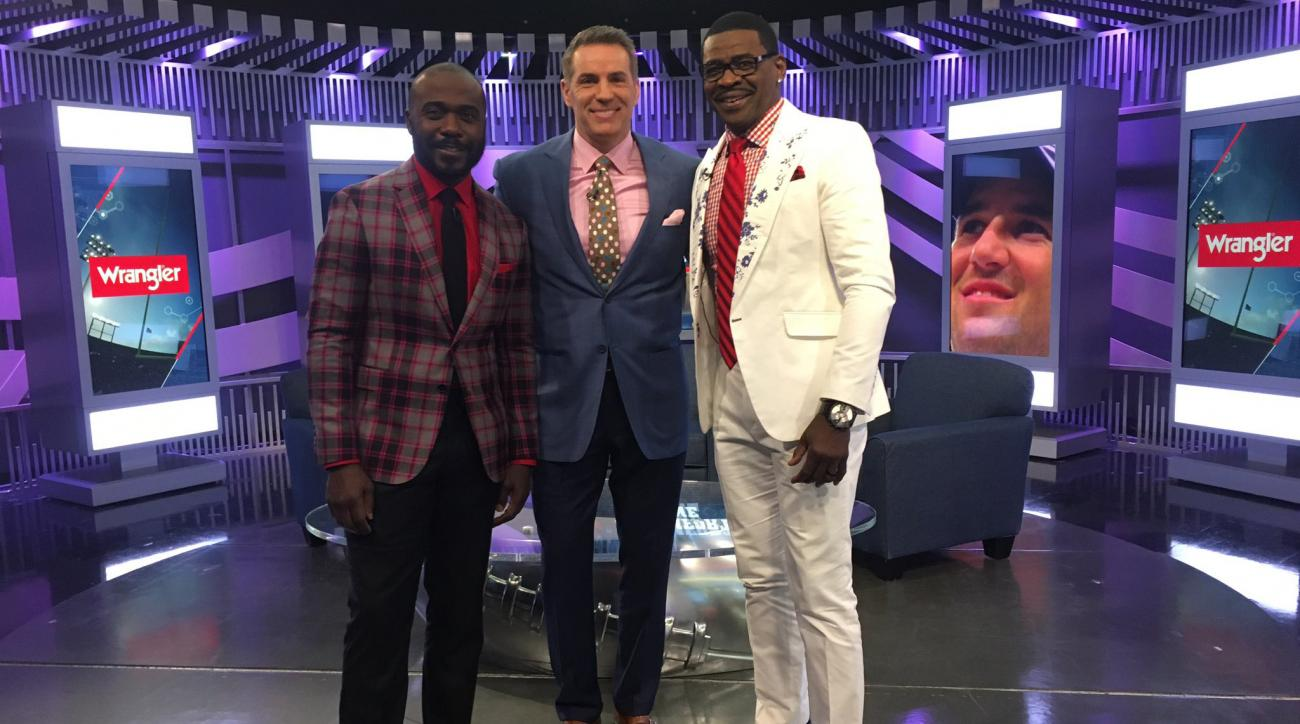 Craig Sager: NFL Network crew wears loud suits