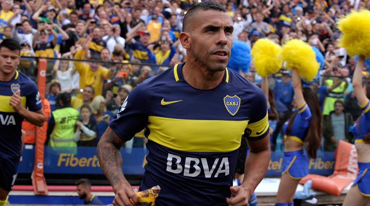 Carlos Tevez plays his final match at the Bombonera for Boca Juniors