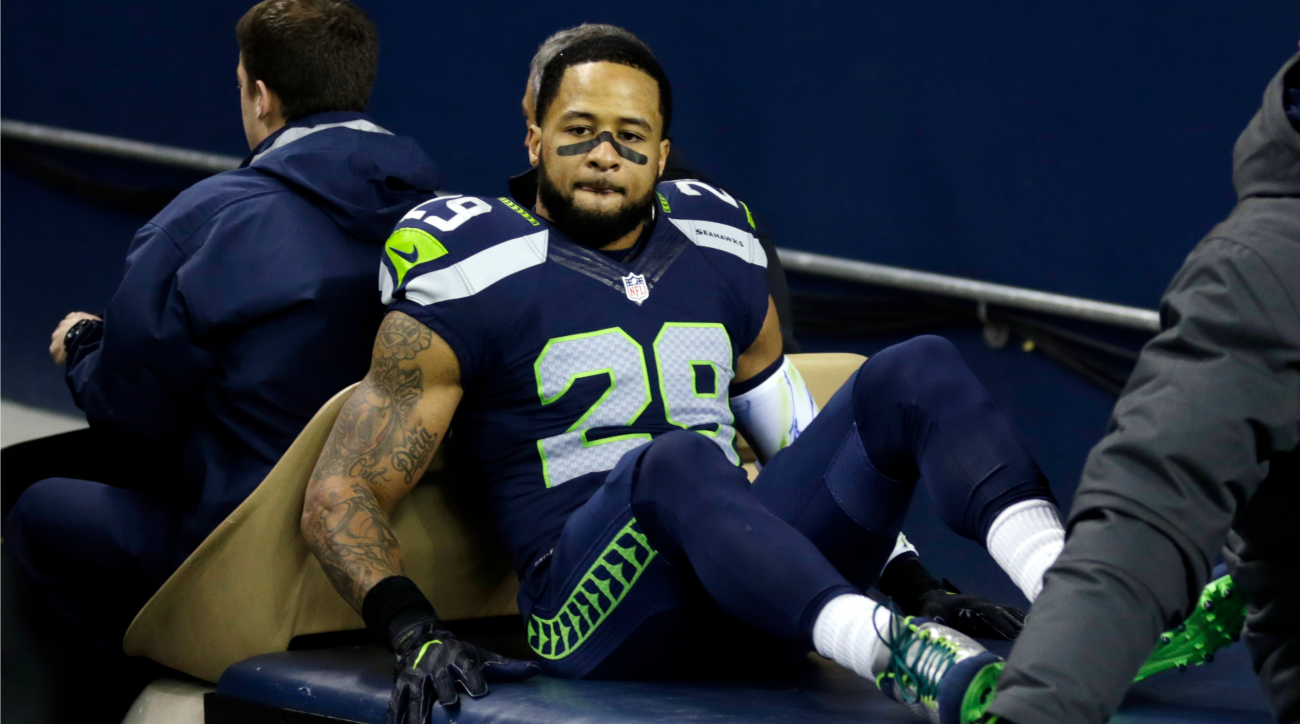 Earl Thomas tweeted that he'll return to the Seattle Seahawks next season.
