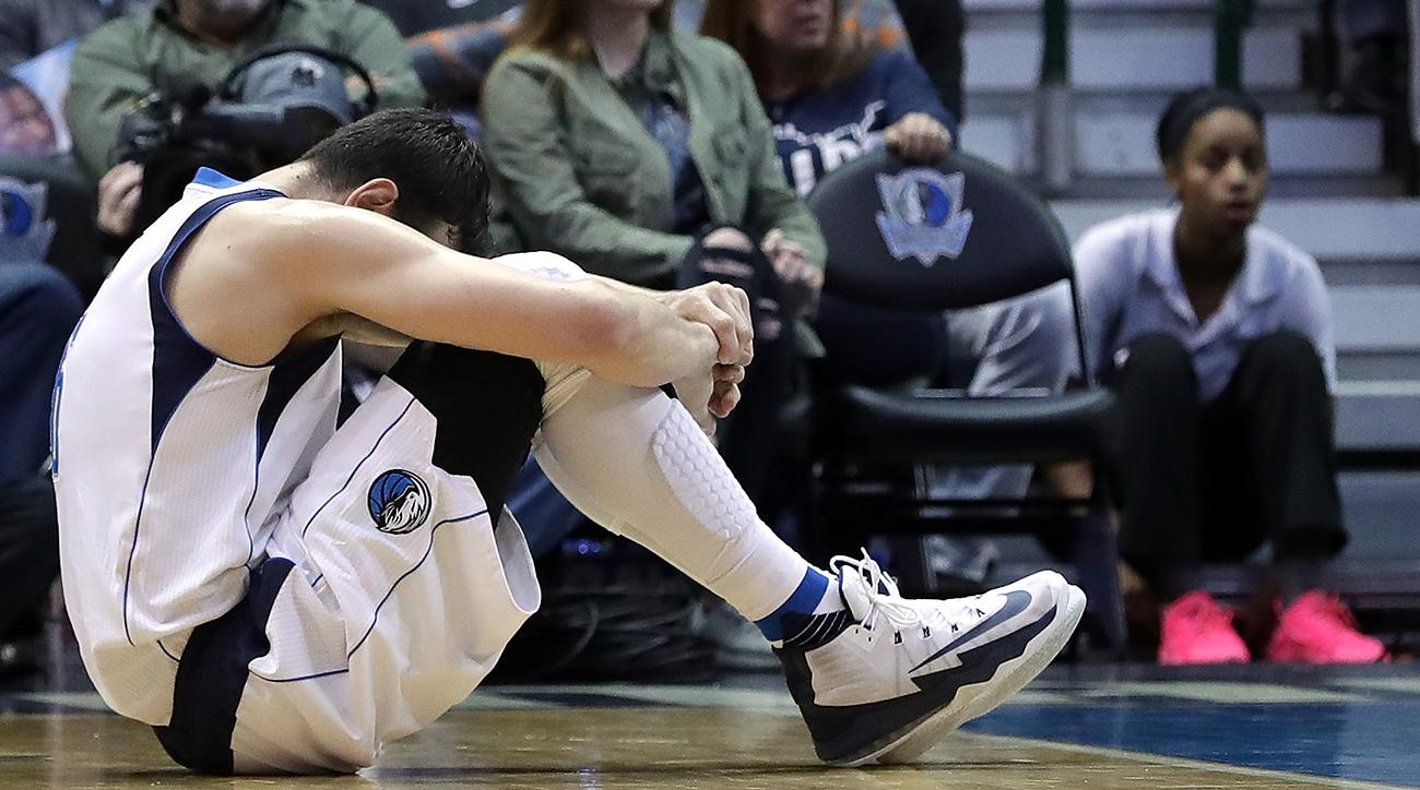Andrew Bogut's knee injury subject of Pizzagate conspiracy theory