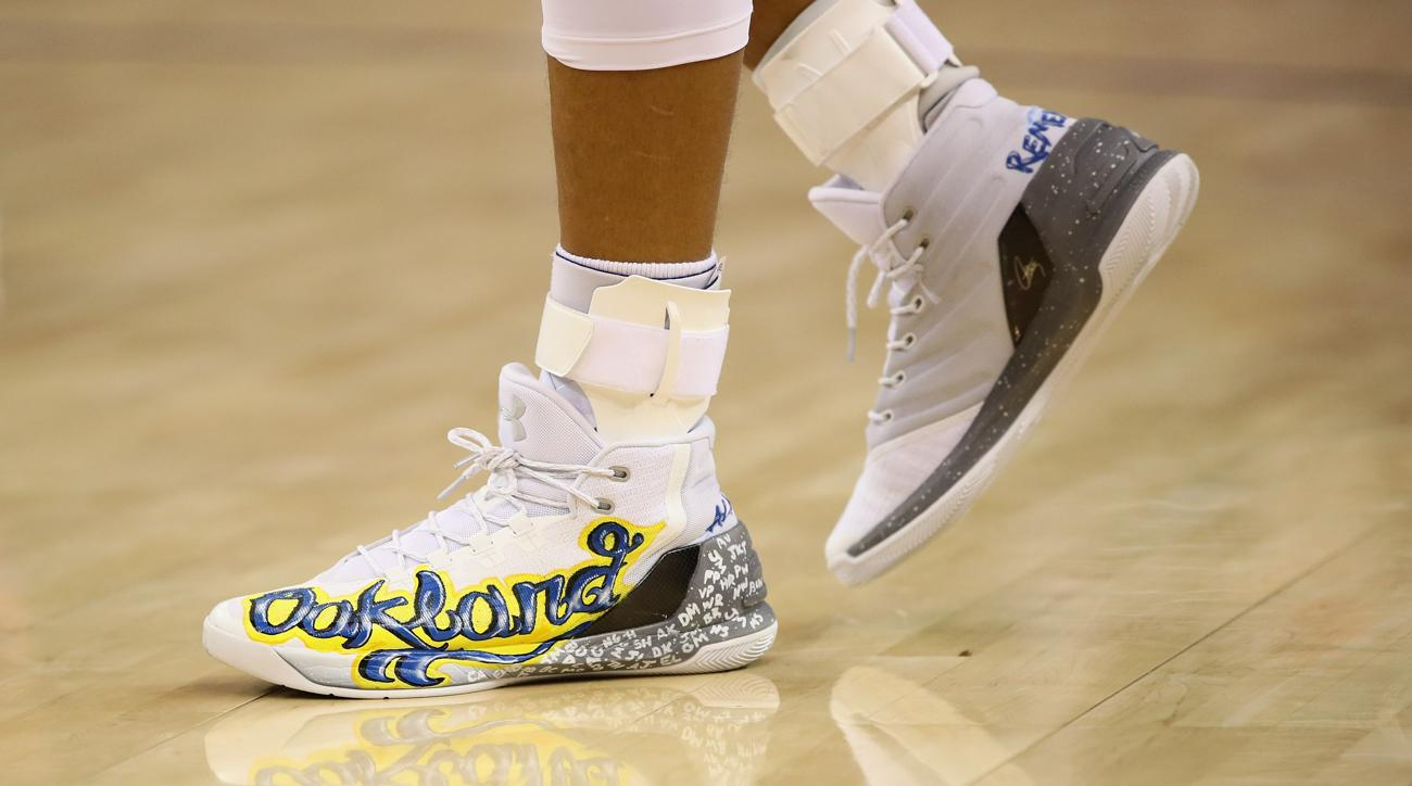 stephen curry oakland tribute shoes auctioned